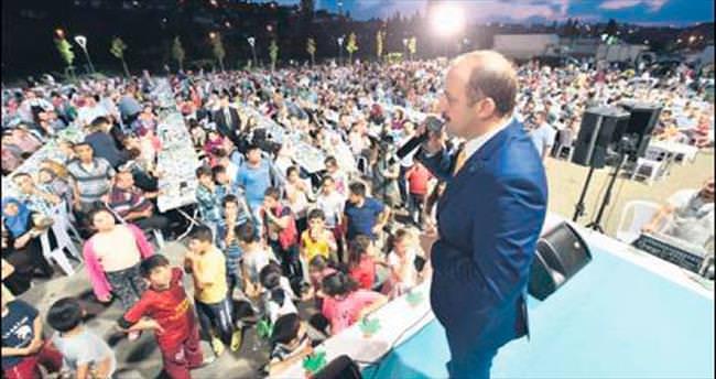 Mamak'ta 110 bin kişi iftar yaptı