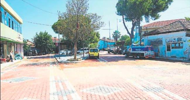 Torbalı'da meydan projesi tamamlandı