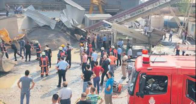 100 ton kumun altında kalan 2 işçi can verdi