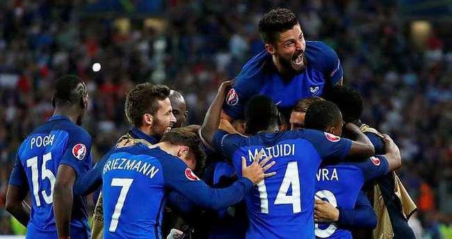 Fransa - İzlanda maçı ne zaman saat kaçta hangi kanalda?