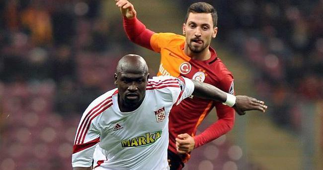 Sivasspor, Kone ile yollarını ayırdı