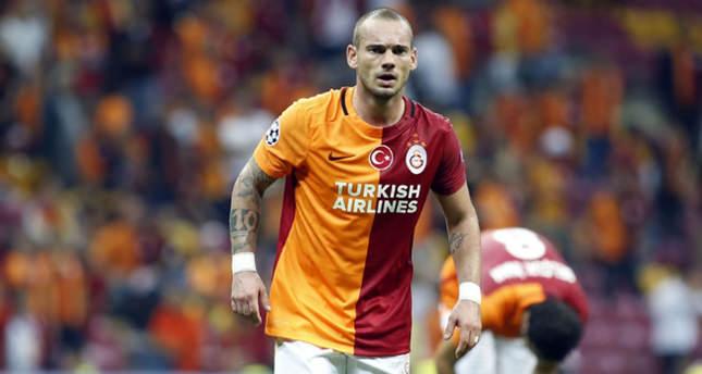 Şok iddia! Sneijder gidiyor mu?