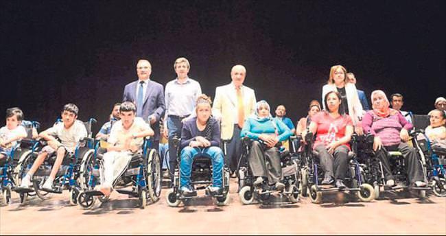 Başkan Fatma Şahin engellileri unutmadı