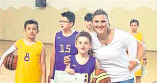 Nallıhanspor Basketbol Okulu'nda sezon sona erdi