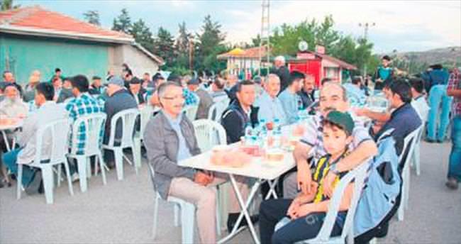 Elmadağ'da Başkan Şahin Karahasanlılar ile iftar
