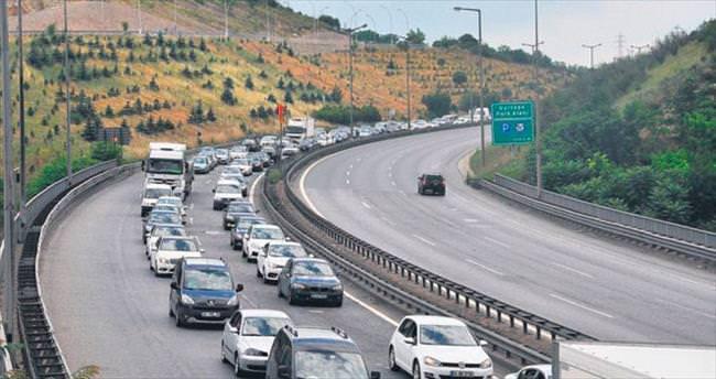 Anadolu gidiş: Yoğun İstanbul gidiş: Akıcı