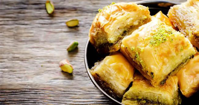 Bayramda hangi tatlılar yenmeli? İşte bayram tatlıları ve kalorileri...