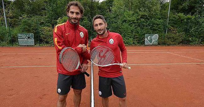 Sabri Sarıoğlu ve Hamit Altıntop imzayı attı