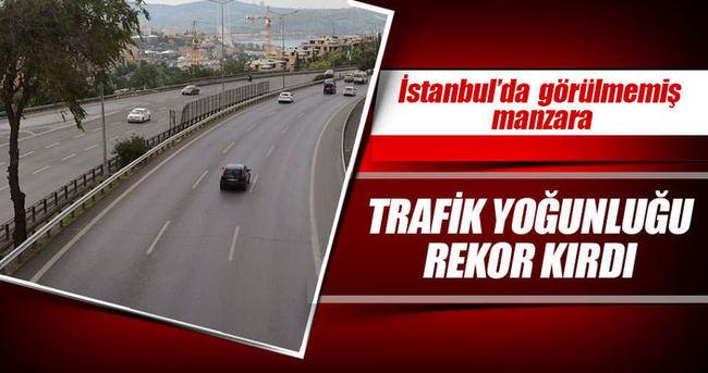İstanbul boşaldı! İşte trafik yoğunluk oranı