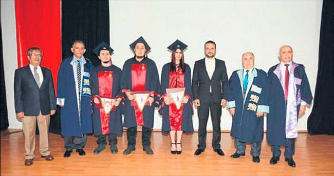 Güzel Sanatlar'da mezuniyet töreni