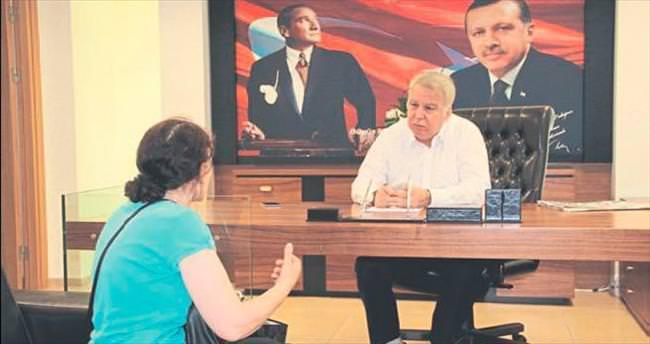 """""""İzmir'de öncelik dönüşüm olmalı"""""""