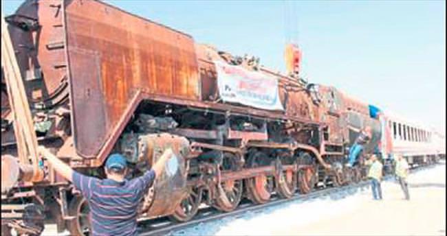 Soma lokomotifleri Gaziantep yolcusu