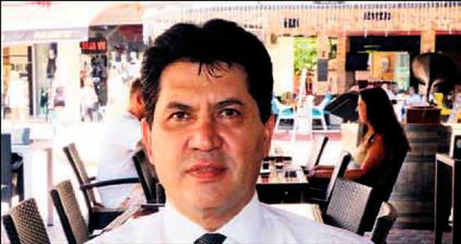 Kemer Belediye Başkanı MHP'den istifa etti