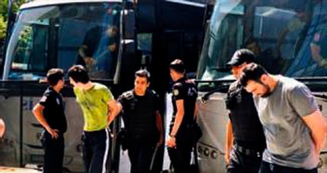 Havalimanı katliamına 17 tutuklama istemi daha