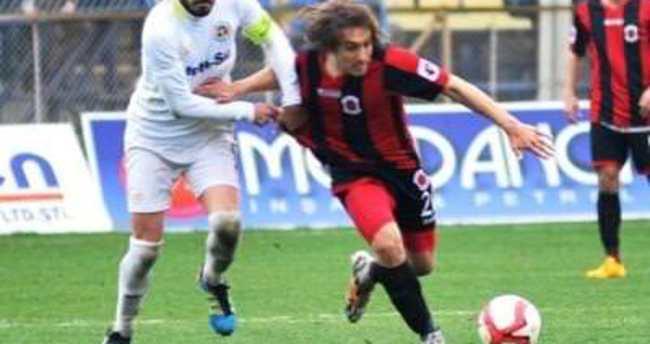 Fenerbahçe'de Mahmut Uslu açıkladı: 1+1 yıllık anlaştık
