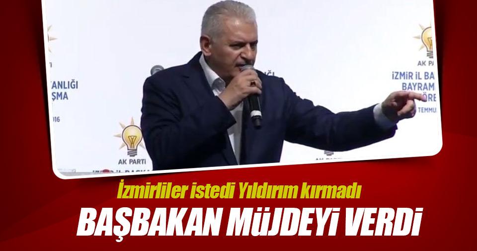 Başbakan Yıldırım AK Parti bayramlaşma toplantısına katıldı