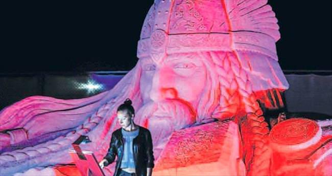 Kumdan heykellere mükemmeliyet ödülü