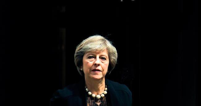 İngiltere kadın başbakana hazırlanıyor