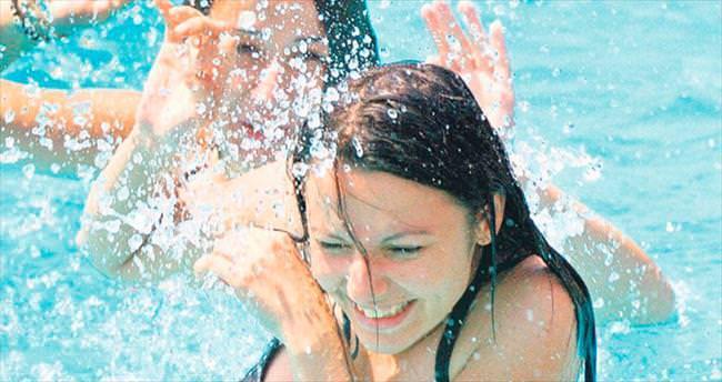 Tatilcilere havuz uyarısı