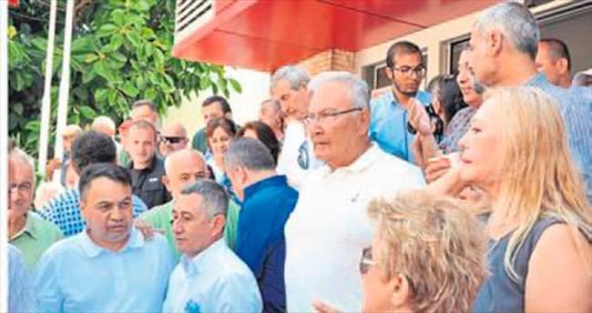 CHP Antalya'da bayramlaşma töreni