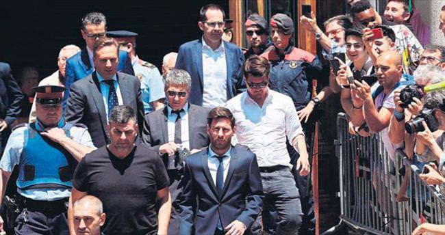 Messi'ye vergi cezası 21 ay hüküm yedi!