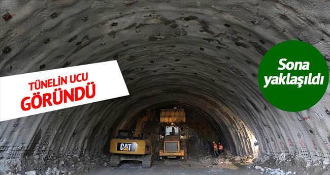 Ovit Tüneli'nde ışığa doğru yaklaşılıyor