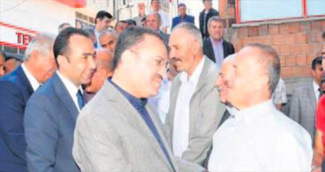 'Türkiye huzur adası vasfını koruyor'