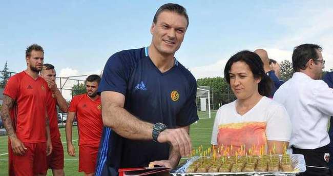 Alpay Özalan'ın tek düşüncesi; Süper Lig!