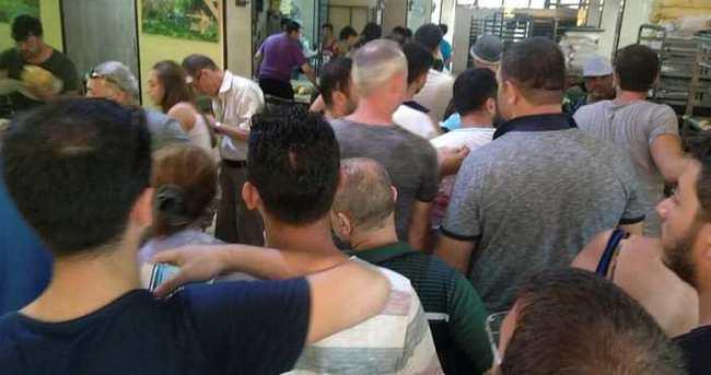 Avşa'ya 130 bin tatilci gelince yiyecek sıkıntısı başgösterdi