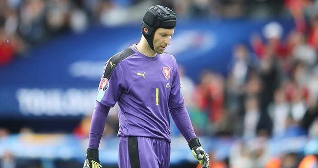 Petr Cech, milli takımı bıraktı