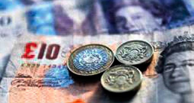 Sterlin pesoyu da solladı 2016'nın en kötüsü oldu