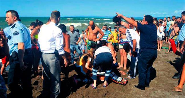 Marmara'da tekne battı: 2 ölü 2 kayıp