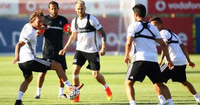 Beşiktaş kaleci hocası olmadan çalışıyor