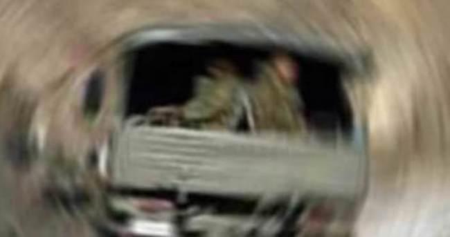 Askeri araç takla attı: Yaralı askerler var