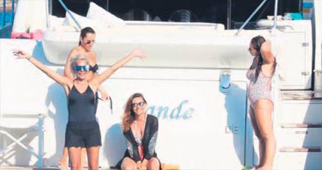 Teknede misafir ağırladı