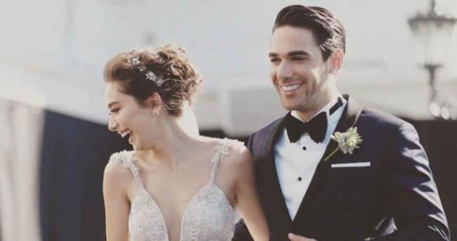Neslihan Atagül düğünden sonra soyadını değiştirdi
