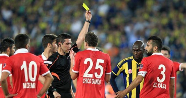 Türk hakeme UEFA'dan görev
