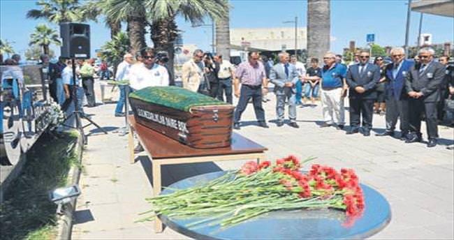 Egeli ihracatçılar Eröcal'ı uğurladı