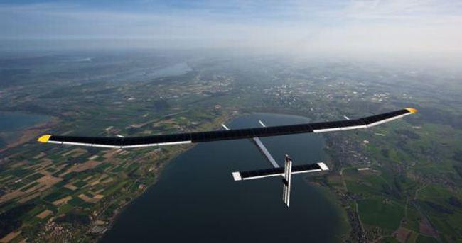 Güneş enersiyle çalışan uçak 13:00'te iniyor