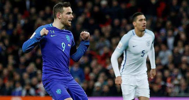 Tottenham'a Hollandalı golcü