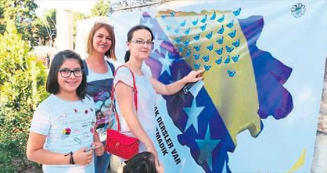 Srebrenitsa'yı anma etkinliği