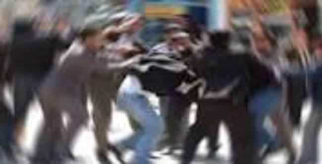 Mersin'de iki grup arasında kavga