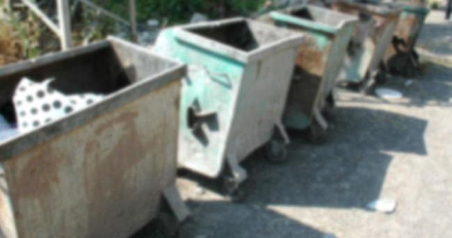 Gayrimeşru bebeği çöpte ölüme attılar