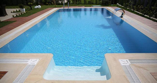 Tatil sitesi havuzunda korkunç ölüm