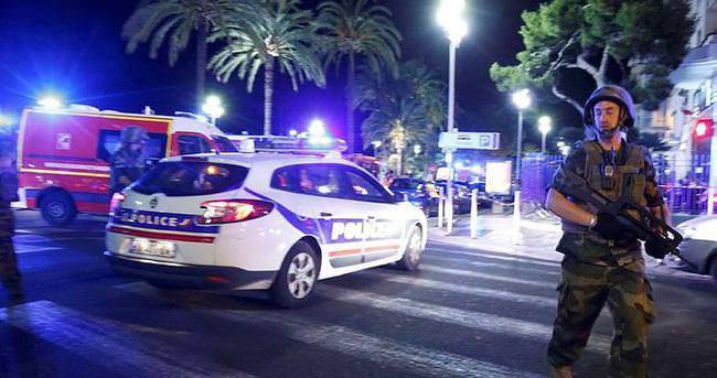 Fransa'daki terör saldırısının ardından Beyaz Saray'dan ilk açıklama