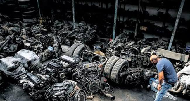 İvedik'in motor hırsızlarına baskın