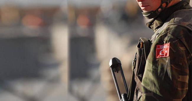 Çukurca'da askeri konvoya mayınlı saldırı