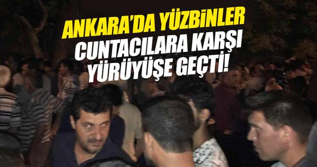 Ankara'da yüzbinler sokağa döküldü