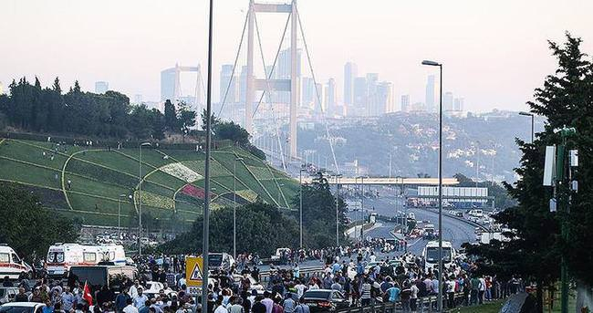 Boğaziçi Köprüsü kısmen trafiğe açıldı