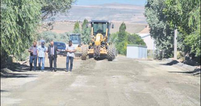 Başkan Gülcüoğlu asfalt denetiminde